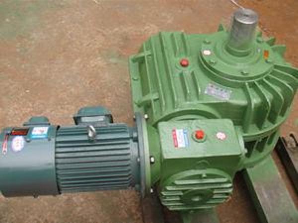 GCWS系列圆弧齿圆柱蜗杆减速机